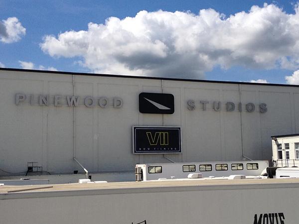 star wars episode VII pinewood studio shooting start